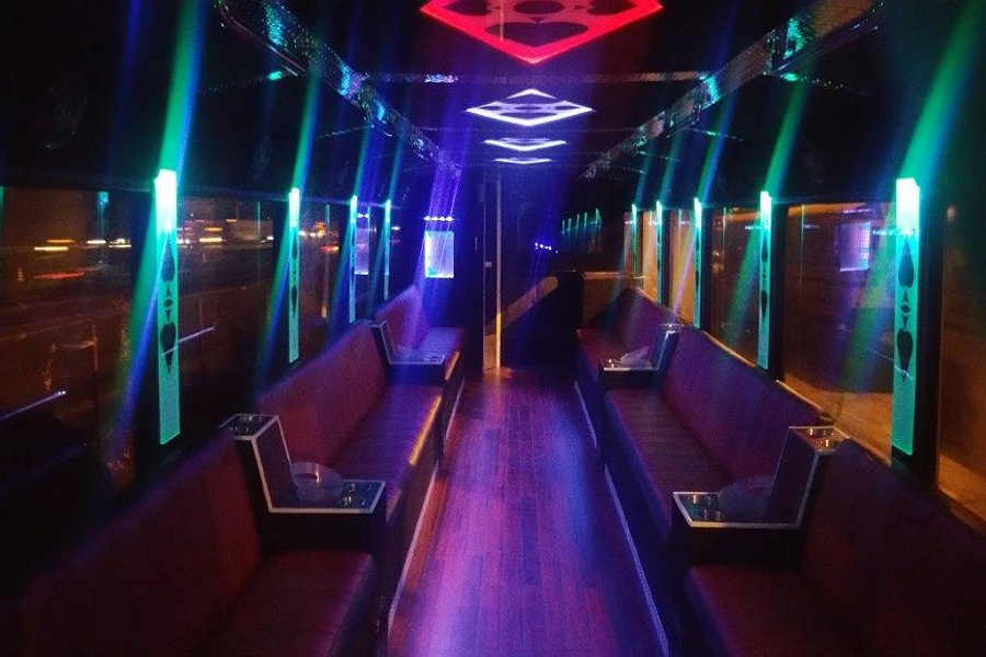 party-bus-toronto-2